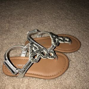 Other - Toddler Girls Silver Thong Sandals Size 8